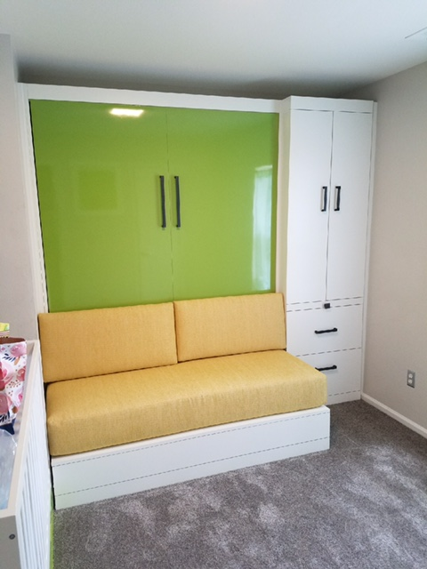Economical Murphy Bed: great sleep solution for small spaces!